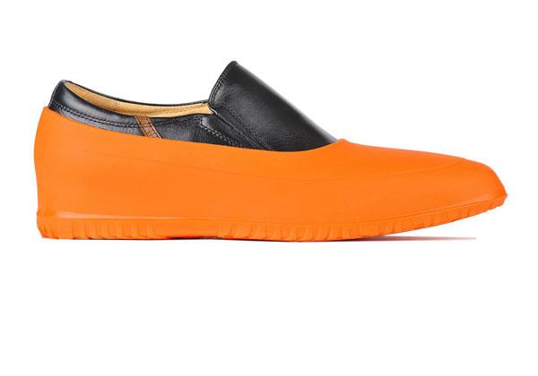 Мужские галоши закрытого типа новая практичная тенденция в мире моды резиновой обуви