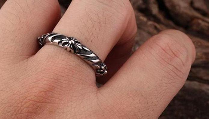 Кольцо Chrome Hearts  Флер де лис сталь, чернение подарок мужчине, парню, девушке