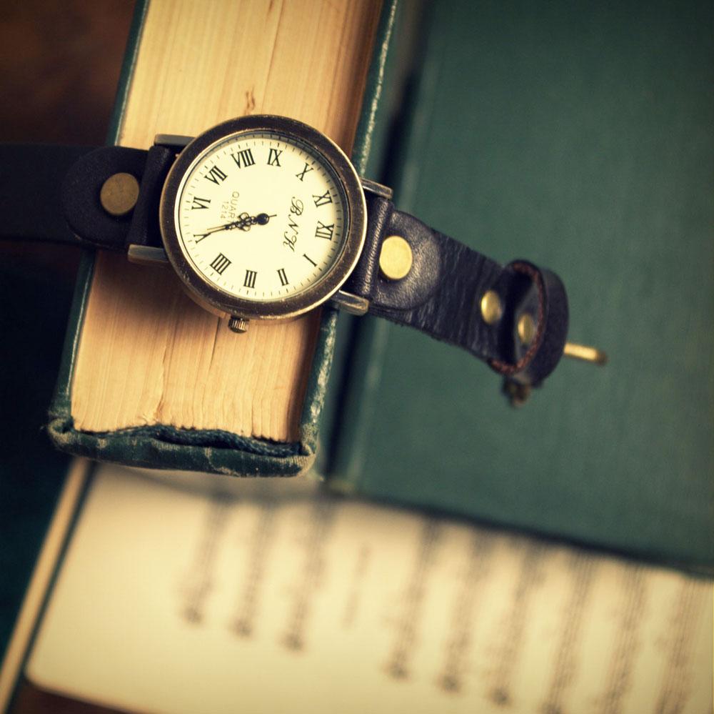 Часы в стиле винтаж, под старину, кожаный браслет, подарок парню, мужчине