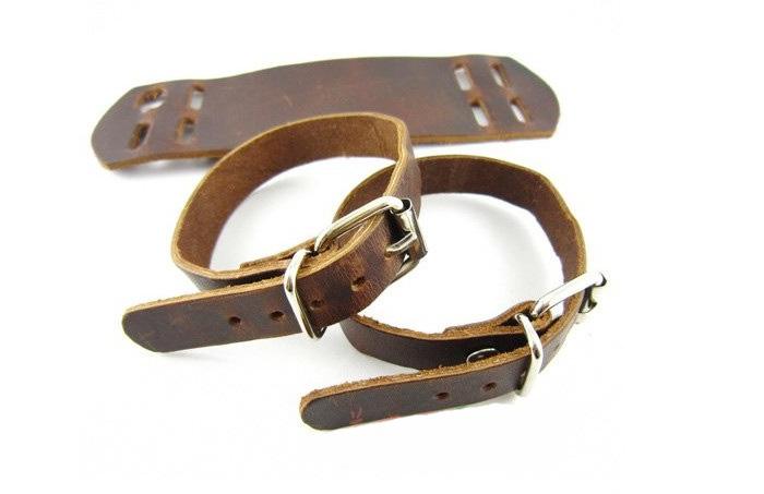 Кожаный браслет Джонни Деппа, коричневый кожаный напульсник с двойной застёжкой