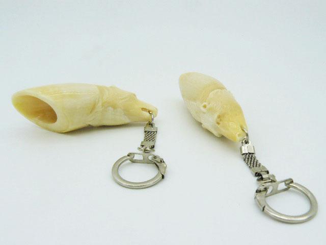 Брелок голова медведя вырезан из зуба кашалота подарок парню, девушке