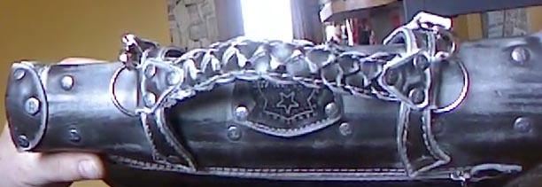 Портфель из натуральной кожи с тиснением подарок мужчине парню ручная работа вид сверху