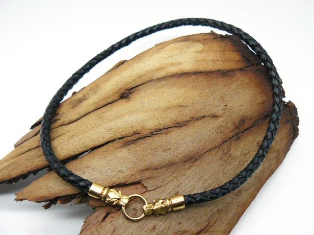 Плетеная кожаная веревка на шею