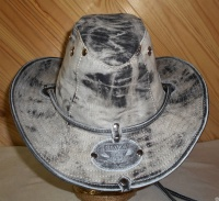 Шляпа летняя из кожи и хлопка