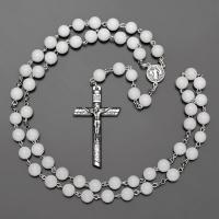 Бусы, ожерелье, розарий из белого агата с крестом  Rico la Сara 0542
