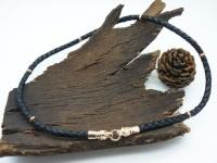 Чокер, шнур плетеный кожаный с головами волков золото 585 пробы с 6-ю кольцами