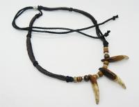 Ожерелье с клыками волка