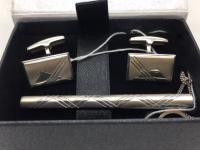 Набор запонки и зажим для галстука с фианитом серебро 45022137