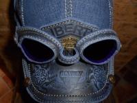 Кепка из джинсовой ткани с очками 1790-1