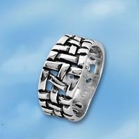 Кольцо  из серебра 1665229
