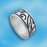 Кольцо  из серебра 1665316